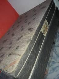 Vendo cama box.150 reais