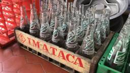 Caixa antiga IMATACA + garrafas Mirinda engradado antigo