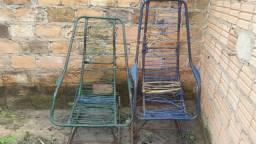 Vendo duas cadeiras de balanço pra Arruma