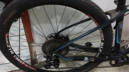 Vendo ou troco Bike XC V-Works Vicinitech Carbono aro 29