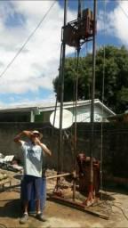 Maquina perfurante de poço artesiano