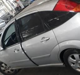 Porta Traseira Esquerda Ford Focus 2005