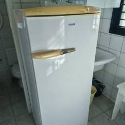 Consul - Refrigerador/Geladeira 320 - CRA32C (320 litros)