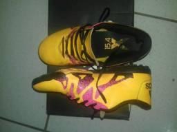 Chuteira Adidas X15.4 n°41