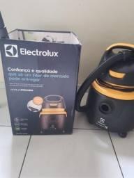 Aspirador de pó e água electrolux