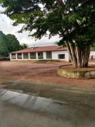 Excelente granja localizada no bairro São Gonçalo do Amarante