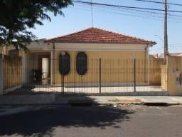 Casas de 4 dormitório(s) na Vila Xavier em Araraquara cod: 8844