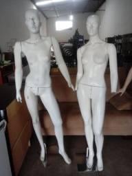 Manequins fibra c/ base. $ 99,00 Cd