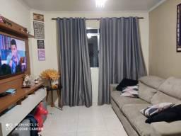 Apartamento de 2 dormitórios bem localizado no Parque São Vicente