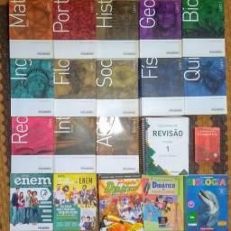 Livros Pré-Vestibular da Poliedro + extras
