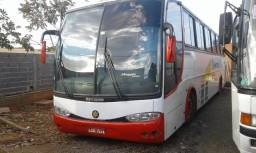 Onibus rodoviario ano 2002 M.Benz 1050 AR . 50Lugar banheiro R$ 49.999,00