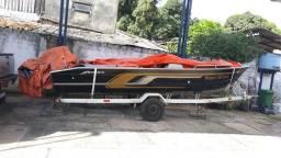 Barco de Alumínio próprio para pesca