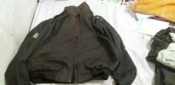 Roupas do Colégio Militar  ( blusa de frio social + calça do agasalho)