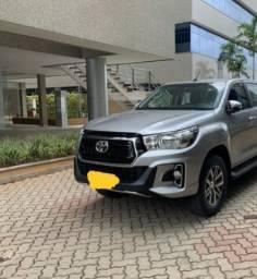 Toyota hilux srv 28 diesel 4x4 automatica 16v 4p cd