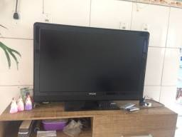 Vendo tv Philips  42 polegadas R$550,00