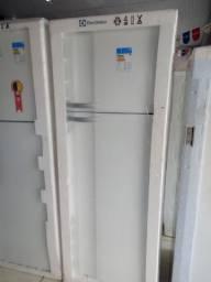 Refrigerador Eletrolux 462 Litros DeFrost Branca