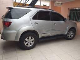 Vendo  Toyota Hilux SW4 D4 D 3.0 TETO SOLAR ANO2008