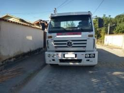 Volkswagen 2002 15180