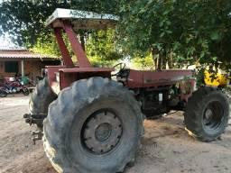 Vende-se  Trator Massey Ferguson