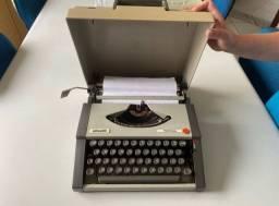 Título do anúncio: Máquina de escrever manual