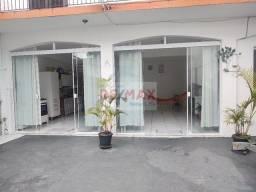 Casa 226m² no Centro de Guararema