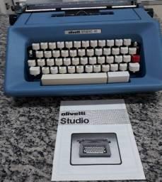 Máquina de escrever Olivetti studio 46
