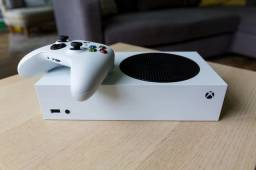 Xbox Series S (2 Controles) - 4 Meses de uso