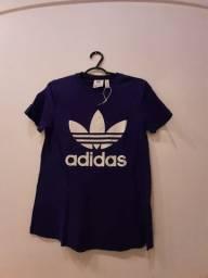 Camisa Adidas roxa tam p