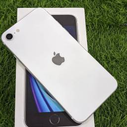 iPhone SE 2020 branco