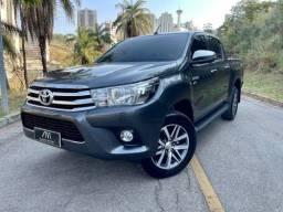 Título do anúncio: Toyota Hilux 2.7 Srv Cab. Dupla 4x4 Flex Aut. 4p
