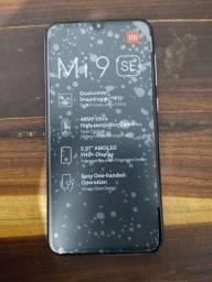 Título do anúncio: MI 9 SE 64GB Muito Novo