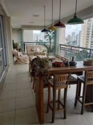 Título do anúncio: Apartamento Alto Padrão em Santana 189 m2 - 4 dorm.3 suite, Varanda Gourmet, 3 vagas.