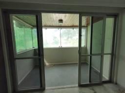 OJ - Alugo apartamento em Boa Viagem com 4 quartos, suíte, dependência completa.