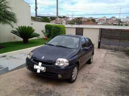 Título do anúncio: Renault Clio Sedan 2002 1.6