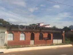 Casa - Bairro Industrial Mooca em Goiânia