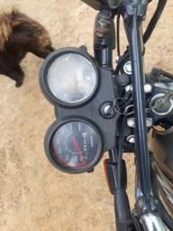 Título do anúncio: Moto titan 2000 es