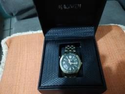 Relógio. MAGNUM