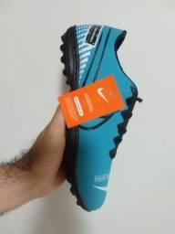 Chuteira Nike por 69 no centro de São Gonçalo