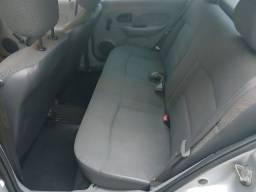 Clio sedan 1.0 flex 2008. A baixo da tabela!!!
