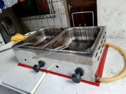 Vendo fritadeira a gás R$ 350,00