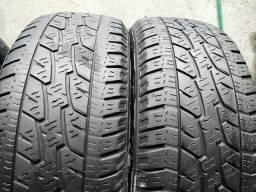 2 pneus 205/60 R16 em bom estado!(350$ até 6x sem juros no cartão)
