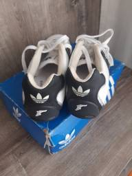 Tênis Adidas Goodyear 35