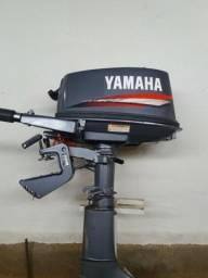 Motor de popa Yamaha 4 Hp - 2011