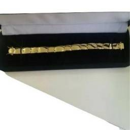 Bracelete, pulseira masculino Moeda Antiga Cor de Ouro. Promoção!!