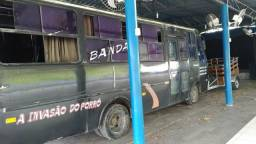 Vendo microônibus vw 8-140 ano 1997 - 1997