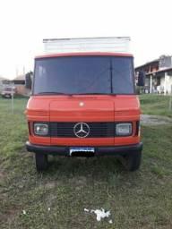 Vendo caminhão Mercedes-Benz 608
