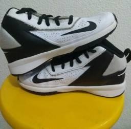 93a456fe501 Roupas e calçados Unissex - Zona Norte