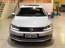 Vw - Volkswagen Jetta Comfortline 1.4 TSI com Teto Solar - 2017