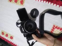 Câmera Digital Nikon Coolpix P520 - Preta