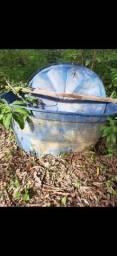 Vendo caixa de agua 1000 litros 250
